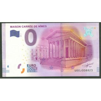 30 Maison Carre De Nimes 0...